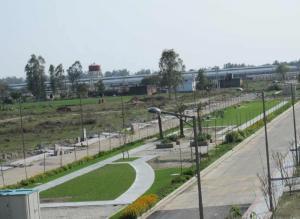 DLF Garden City, Purseni