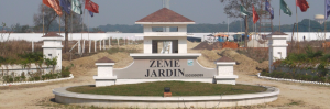 Zeme Jardin, Kanpur Road