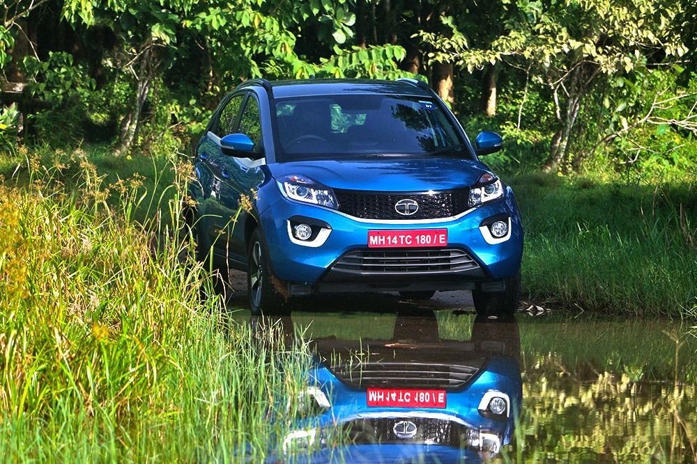 Tata Nexon Review, Video Review, On road prices, photos ...