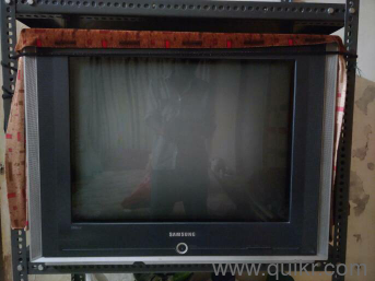 samsung tv used. samsung tv 1 year used good condition \u20b9 7000 bhayandar make an offer 3